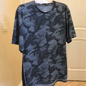 NWOT Nike dri-  fit camo print tee shirt